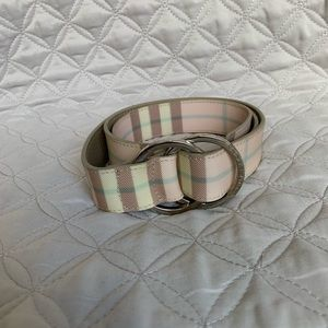 Burberry London Belt Size 33/83